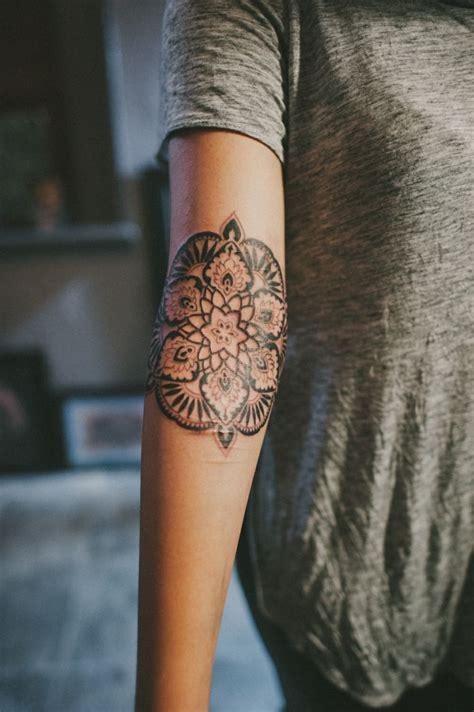 braccio uomo fiori fiori colorati braccio donna disegni migliori