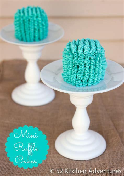 mini ruffle cakes