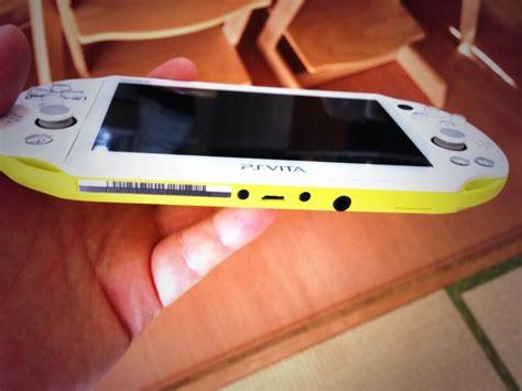 ps vita   standard smartphone microusb charging