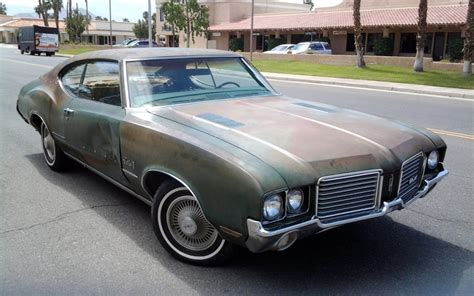 Bullock Beater: 1972 Oldsmobile Cutlass S