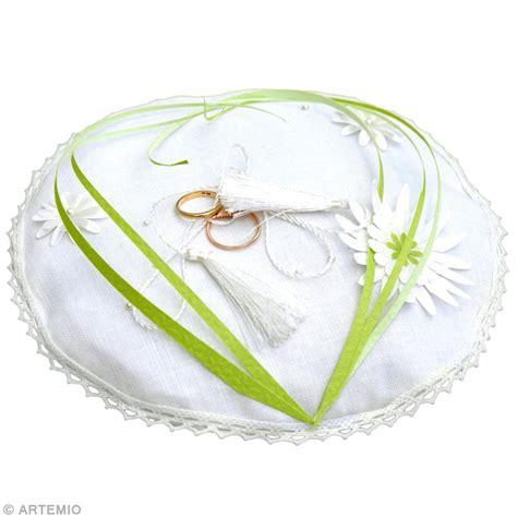d 233 co mariage vert blanc coussin 224 alliances id 233 es et