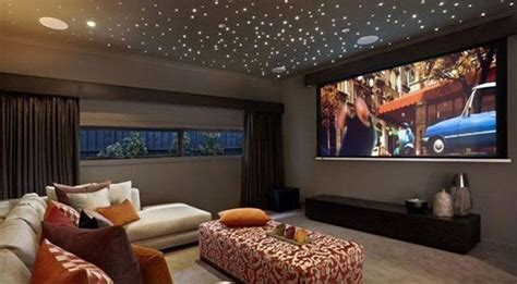 Livingroom Theaters by Turn Your Living Room Into A Mini Home Theatre Threatre