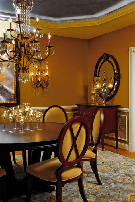 what color od curtains for honey beige walls