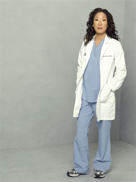 sandra oh on grey s anatomy sandra oh cristina yang grey s anatomy grey s