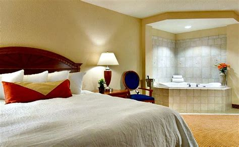 hotels with whirlpool tubs in room hotel rooms with 174 suites tubs excellent