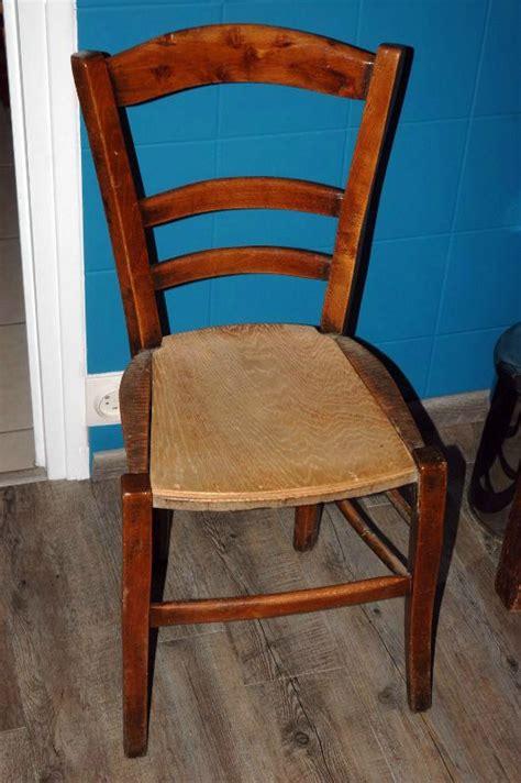 comment renover une chaise en bois tuto chaises ou comment retapisser une chaise en paille ou