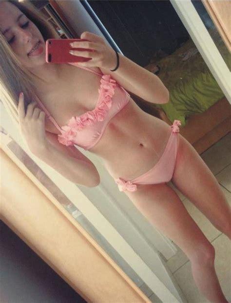 sexy teen girls hot selfie pose juragan mesum