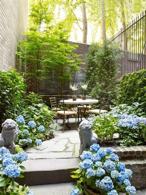 City Backyard Ideas by Best 25 Small City Garden Ideas On Small