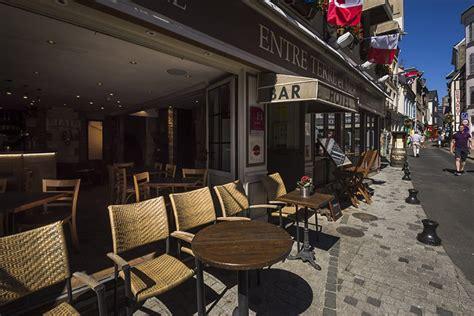 bistrot du port honfleur hotel honfleur hotel entre terre et mer au centre ville historique de honfleur