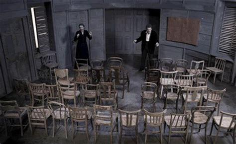 Ionesco Le Sedie Teatro A Ragusa Le Sedie Di Ionesco Appuntamenti Ragusa
