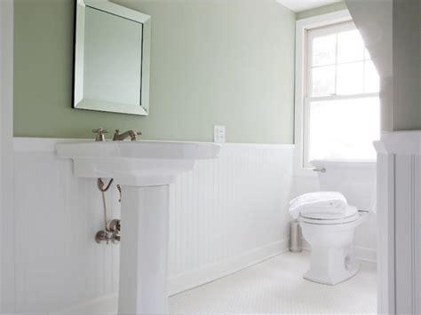 White Ceramic Tiles Bathroom With Elegant Minimalist