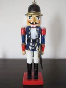 soldier nutcrackers