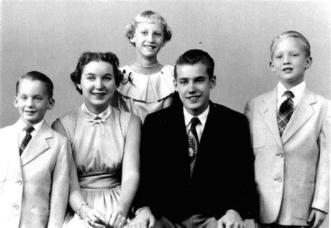 trump donald siblings parents children wife starschanges