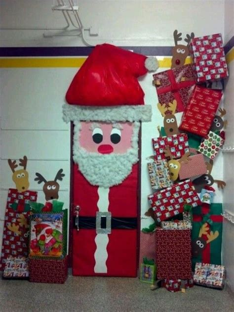 christmas door decorating contest ideas tips for tommy