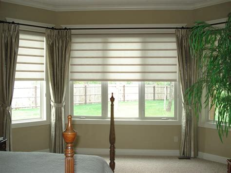 Window Blinds And Curtains by Bay Window Blinds And Curtains Curtain Ideas