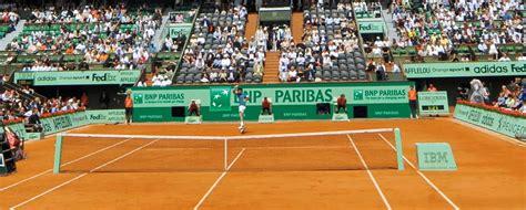 tennis nouvel habillage de court pour bnp paribas