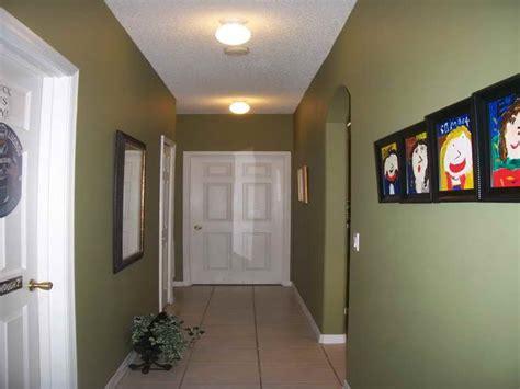 how to decorate hallways decoration hallway decorating ideas green wall tierra este 66304