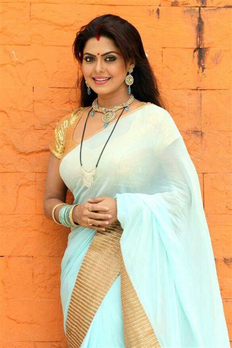 Rinku Ghosh Hot Navel Bikini Saree New Hd Photos