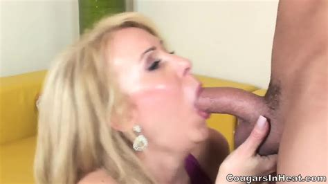 Horny Mom With Stockings Fucked In Her Hairy Pussy Eporner