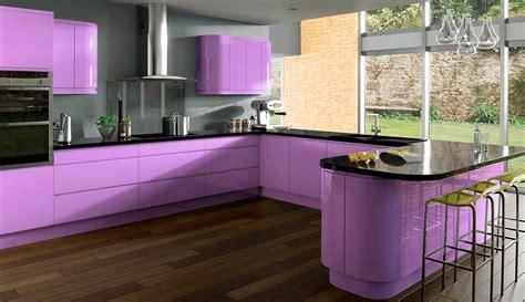 purple color kitchen сиреневая кухня в интерьере варианты дизайна фото советы 1681