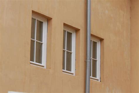 holzfenster mit sprossen einfl 252 gelige holzfenster mit sprossen
