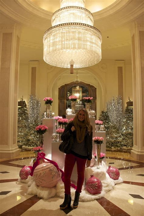 top ten hotel lobby christmas decorations 78 images about hotel floral arrangements on floral arrangements plaza hotel and