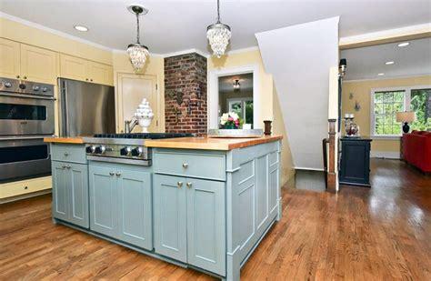 cottage kitchen islands 25 cottage kitchen ideas design pictures designing idea