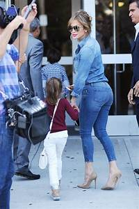 PHOTOS Jennifer Lopez Booty en Jeans tout en tournage dans le Bronx - Photos Jennifer Lopez