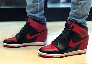 Air Jordan 1 Banned Sneaker Wedge | SneakerNews.com