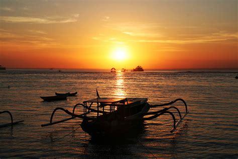 places   sunset  bali webmaya