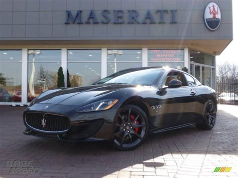black maserati sedan pics for gt black maserati granturismo