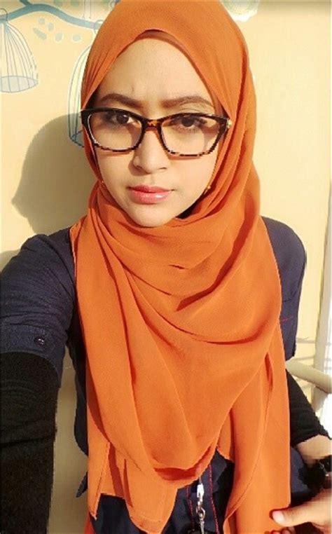 tips memilih kacamata untuk wanita berhijab hijabina