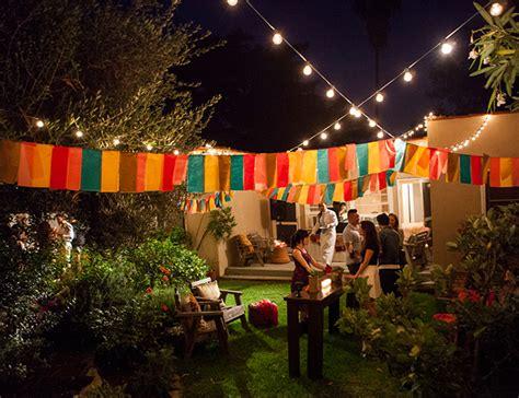 haves  hosting  ultimate backyard dinner party
