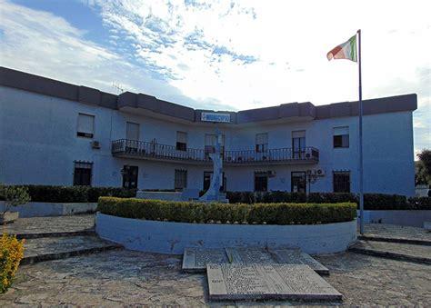 Ufficio Anagrafe Lecce by Municipio Devastato Veglie Sotto Assedio Dei Vandali
