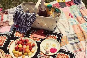a (very special) picnic at the park! - A Beautiful Mess