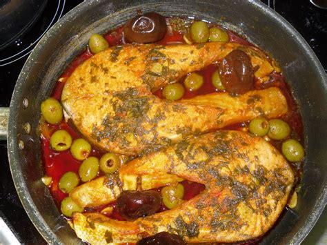 poisson cuisine marocaine poisson a la marocaine aux olives et piments nora les