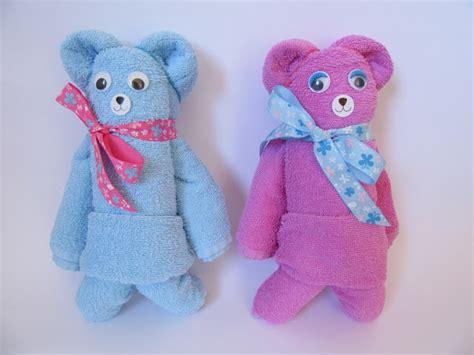 handtuch falten geschenk diy handtuch origami teddys aus handt 252 chern ars vera e diy f 252 r kreative selbermacher
