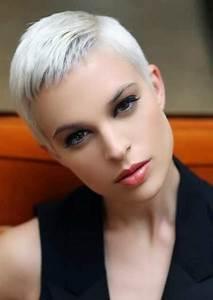 Coupe Courte 2018 : coupe courte femme 2018 modele de coiffure cheveux courts ~ Carolinahurricanesstore.com Idées de Décoration