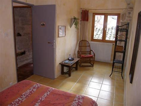 chambre hote pezenas chambre d 39 hôtes la dordîne chambre d 39 hôtes pézenas