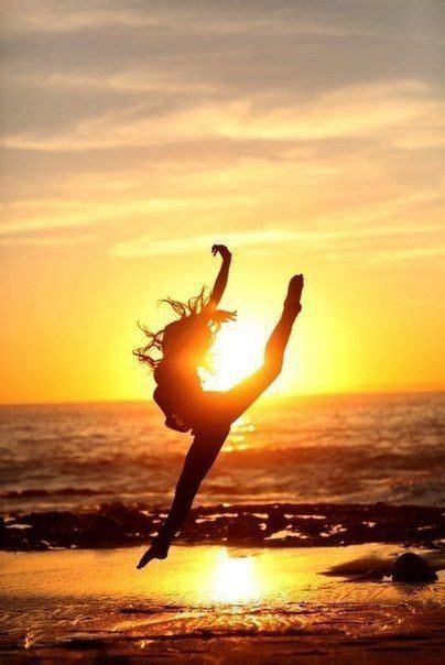 beach ocean sunrise dance silhouette  images