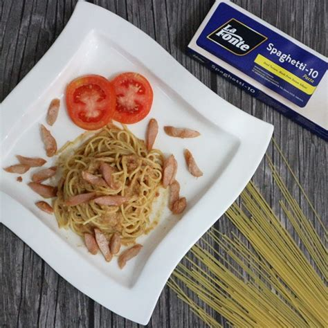 Simak resep dan cara membuat spaghetti yang mudah bagi pemula berikut ini, dilengkapi dengan bahan dan cara. Resep La Fonte Spaghetti Sosis Bumbu Sate - food @nitalanaf - Food Blogger