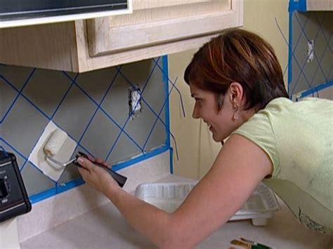 how to paint a faux tile backsplash jazz stencils and tile