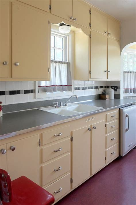 island kitchen cabinets lauryn and dennis 1939 quot humble kitchen quot makeover 20 1949