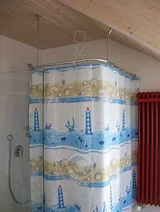 Dusche In Der Schräge : duschvorhangstange f r viertelkreis duschwanne oder bodenebene behindertengerechte dusche ~ Bigdaddyawards.com Haus und Dekorationen