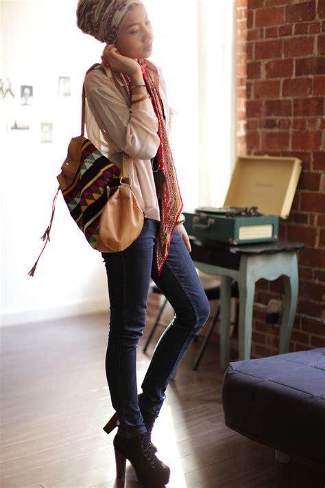 Yuna Zarai - Vintage Bucket Bag - 4PM and a bucket bag | LOOKBOOK