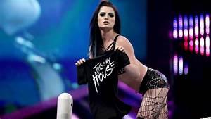 Paige ouvre sa propre boutique en ligne - Catch-Newz