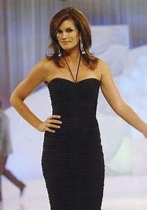 Cindy Crawford - 100 Hottest Supermodels - StyleBistro