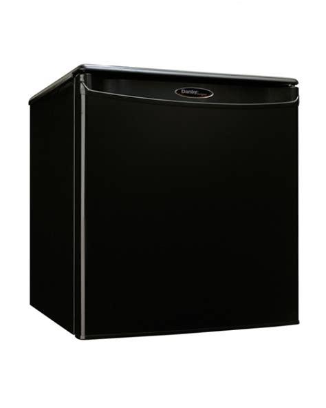 danby designer mini fridge dar017a2bdd danby designer 1 7 cu ft compact