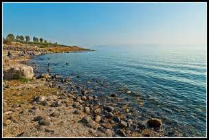 bilder fã r esszimmer lago tiberiades mar de galilea orillas lago zona de la pesca milagrosa flickr