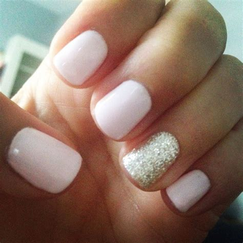 light color nails light pink and gold glitter gel nailed it